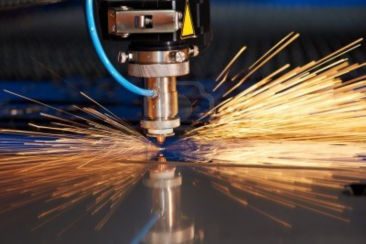 process of plasma cutting What do cnc cutting machines do learn more about plasma, oxy-fuel and waterjet cnc machines, the different types of cnc processes & how cnc machines work.
